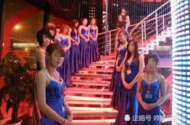 东莞KTV老板:待遇提高了,也难留住年轻女孩,都跑去做这职业 东莞
